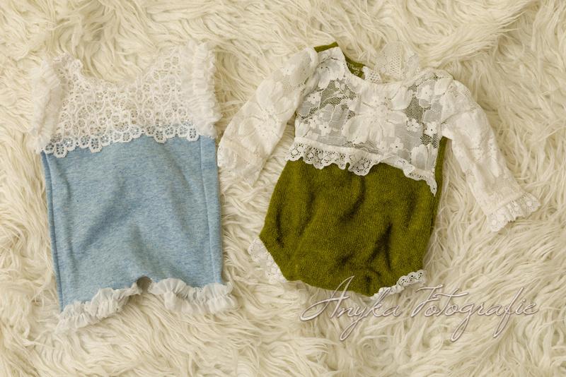 Schattige meisjeskleertjes voor newborn fotoshoots