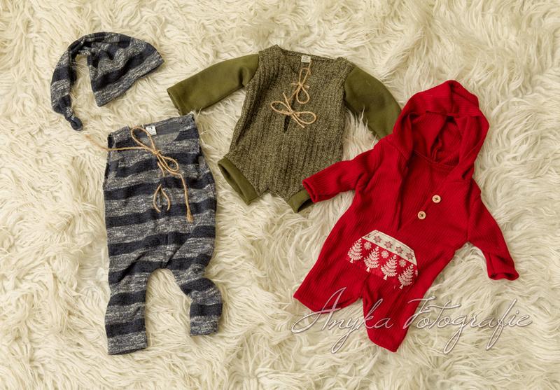 Cute outfits voor baby jongentjes tijdens een baby fotoshoot