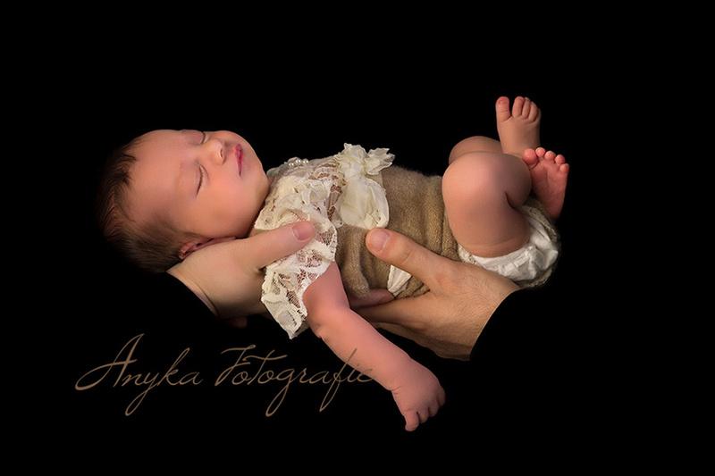 Vier handen en 1 baby
